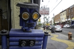 handmade-robot-from-used-auto-parts-by-roberto-on-north-5th-street