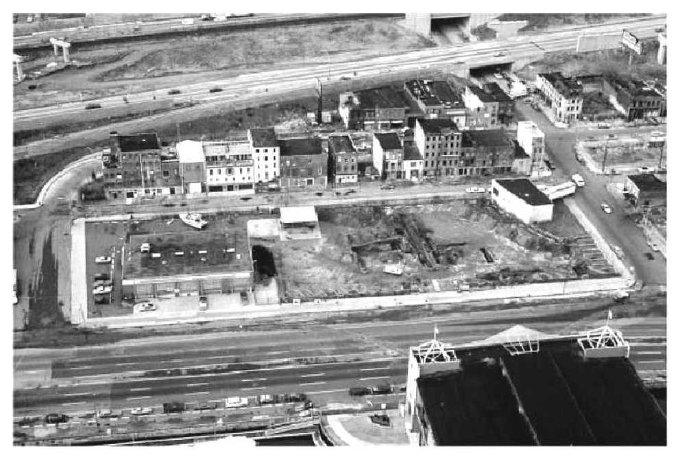 An overhead shot of the West Shipyard site in the 1980s. | Photo: from The Buried Past: An Archaeological History of Philadelphia