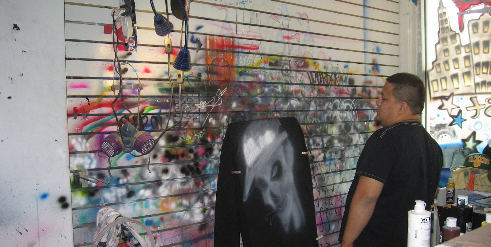 Airbrush shop, Federal Street | Photo: Gayle Christiansen