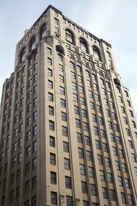 Liberty Title & Trust building | Photo: Hidden City Daily