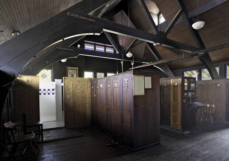 Undine Barge Club locker room (building designed by Frank Furness) | Photo: Daniel Cox