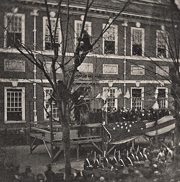 The only known photo of Lincoln in Philadelphia, 1861