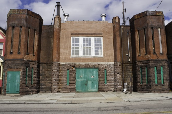 The Keystone Battery, 4111 Mantua Avenue | Photo: Richard Gonzalez