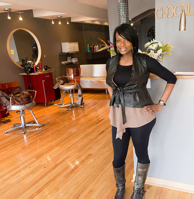 Latasha Sampson at Chocolate City Hair Studio and Day Spa | Photo: Theresa Stigale