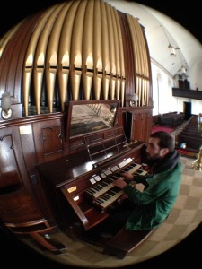 John Pettit at the organ | Photo: Chris Dougherty