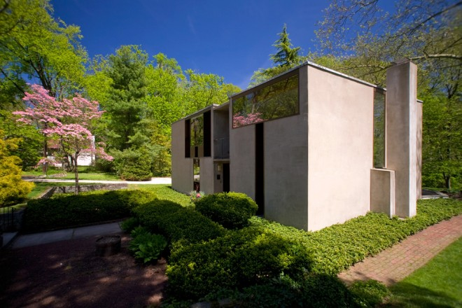 Springtime on Sunrise: Louis Kahn's Esherick House in Chestnut Hill | Photo: Bradley Maule