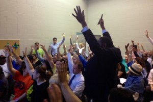 By a show of hands, the nays won the vote against supporting the new homeless shelter at 1211 Bainbridge | Photo: Bradley Maule
