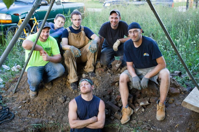 Digger George and the crew | Photo: Peter Woodall