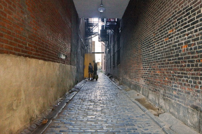 One of Old City's many mysterious back streets | Photo: Peter Woodall