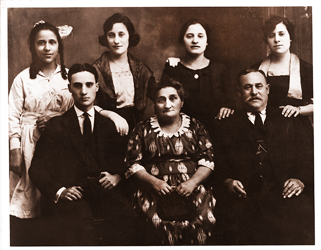 Gutilla Family of Laurissa Cardenas from Ventimiglia, Sicily c.1921 Back row (from left):  Jean, Rosaria (Rose), Josephine, Molly Front Row:  Albert, Carmella (Mother) and John (Father)