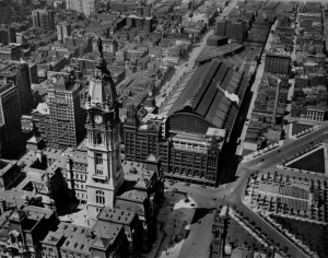 Broad Street Station in it's urban context ca 1920 | Photo courtesy Ariel Viewpoint, retrieved from PlanPhilly