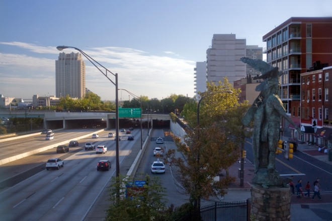 Raymond Sandoval's sculpture Tamanend depicts the Lenni-Lenape leader atop a turtle and with a wampum-carrying eagle on his shoulder, is backed up against I-95, sorely obscured from public view | Photo: Bradley Maule