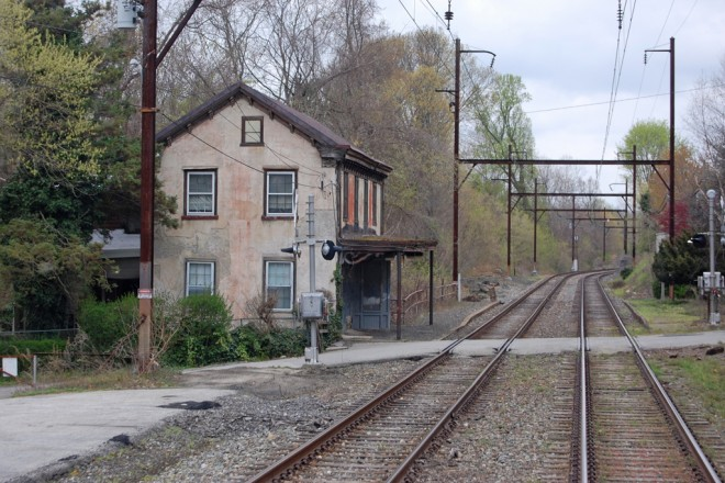 Shawmont Station in 2013 | Mike Szilagyi photo