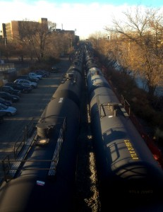 Coming and going: Bakken oil trains viewed from the pedestrian/bicycle Schuylkill River Parks Connector Bridge | Photo: Bradley Maule