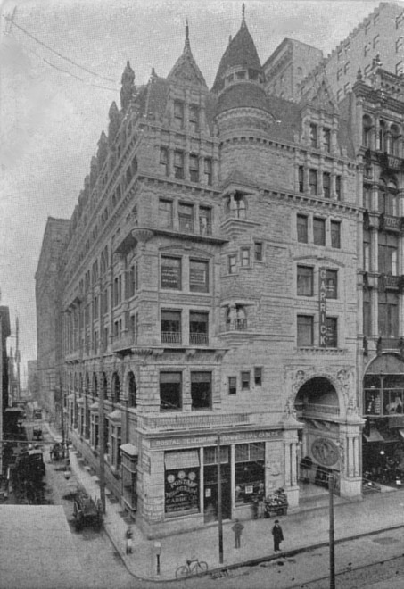 The Keystone Bank/Hale Building at 13th & Juniper circa 1905