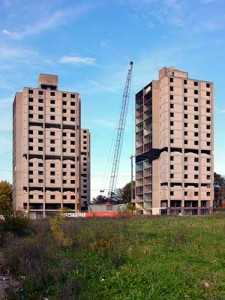 Louis Kahn's Mill Creek towers seen just before their implosion in 2002 | Photo: Bradley Maule