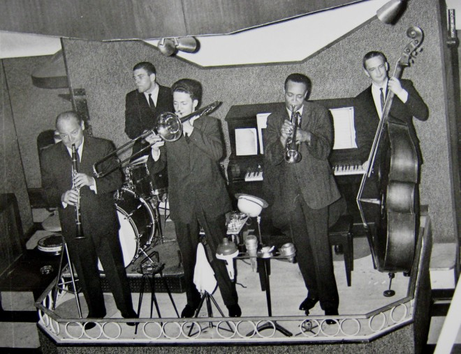 Billy Krechmer (at left on clarinet) and his band at his club, May 1962 (Temple University Special Collections Research Center, Philadelphia Inquirer Collection)
