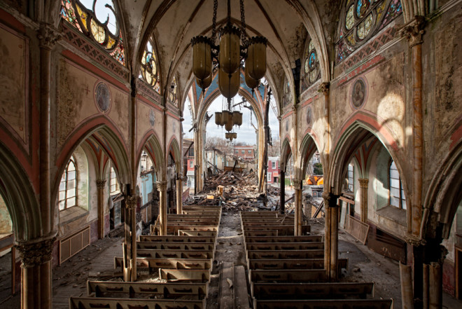 Surveying The Damage With Abandoned America The Age Of