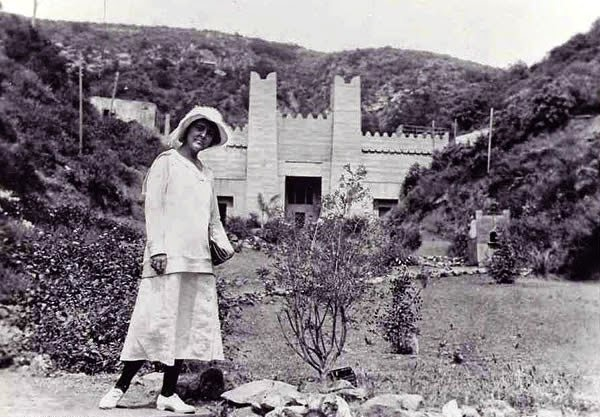Philadelphia Art Alliance founder Christine Wetherill Stevenson in front of Ford Theater on Cahuenga Pass in Los Angles. The amphitheater was built explicitly for performances of her dramatic piece, The Pilgrimage Play, which ran every summer from 1920 to 1929 until the building was destroyed by a brush fire | Photo courtesy of Music Center Archives