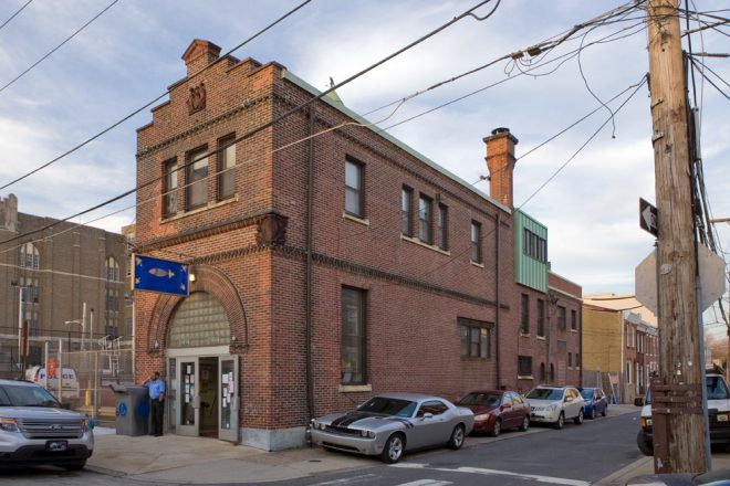 Former police station, current library | Photo: Bradley Maule