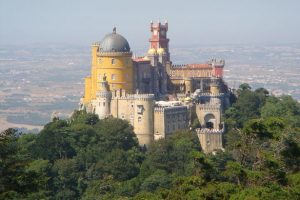 Sintra, Portugal Pena National Palace | Photo: Guillame70 on Wikipedia (Creative Commons)