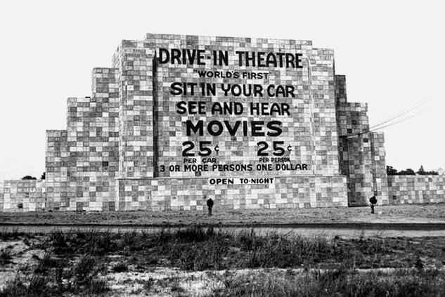 The country's first official drive-in theater in Camden opened in 1933. The screen was 30 feet high and 40 feet wide | Photo courtesy of the Historical Society of Pennsylvania