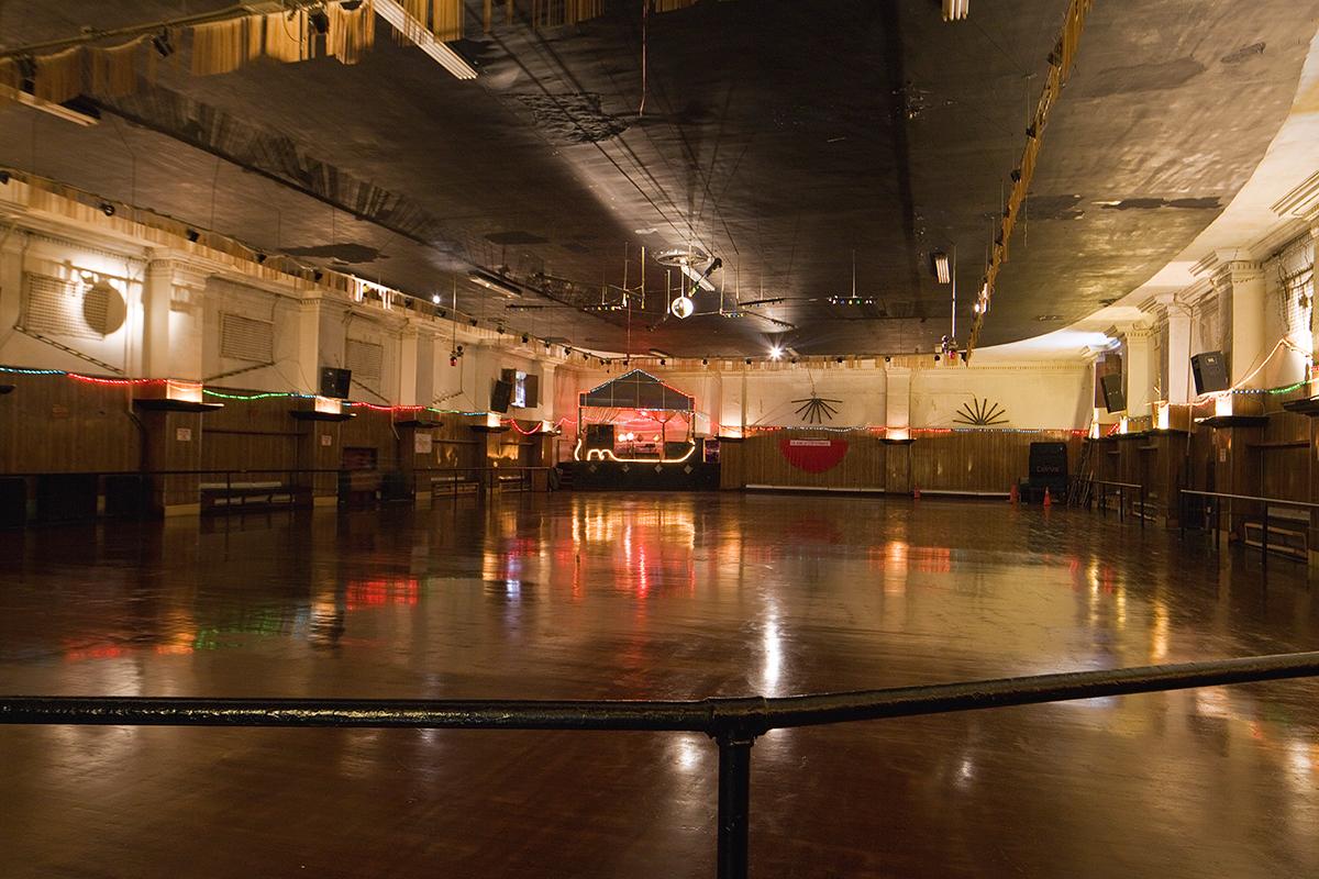 Lets Skate Take A Spin Around Phillys Bygone Roller Rinks - Roller skating rink flooring for sale
