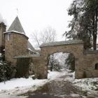 Gate Lane, French Village