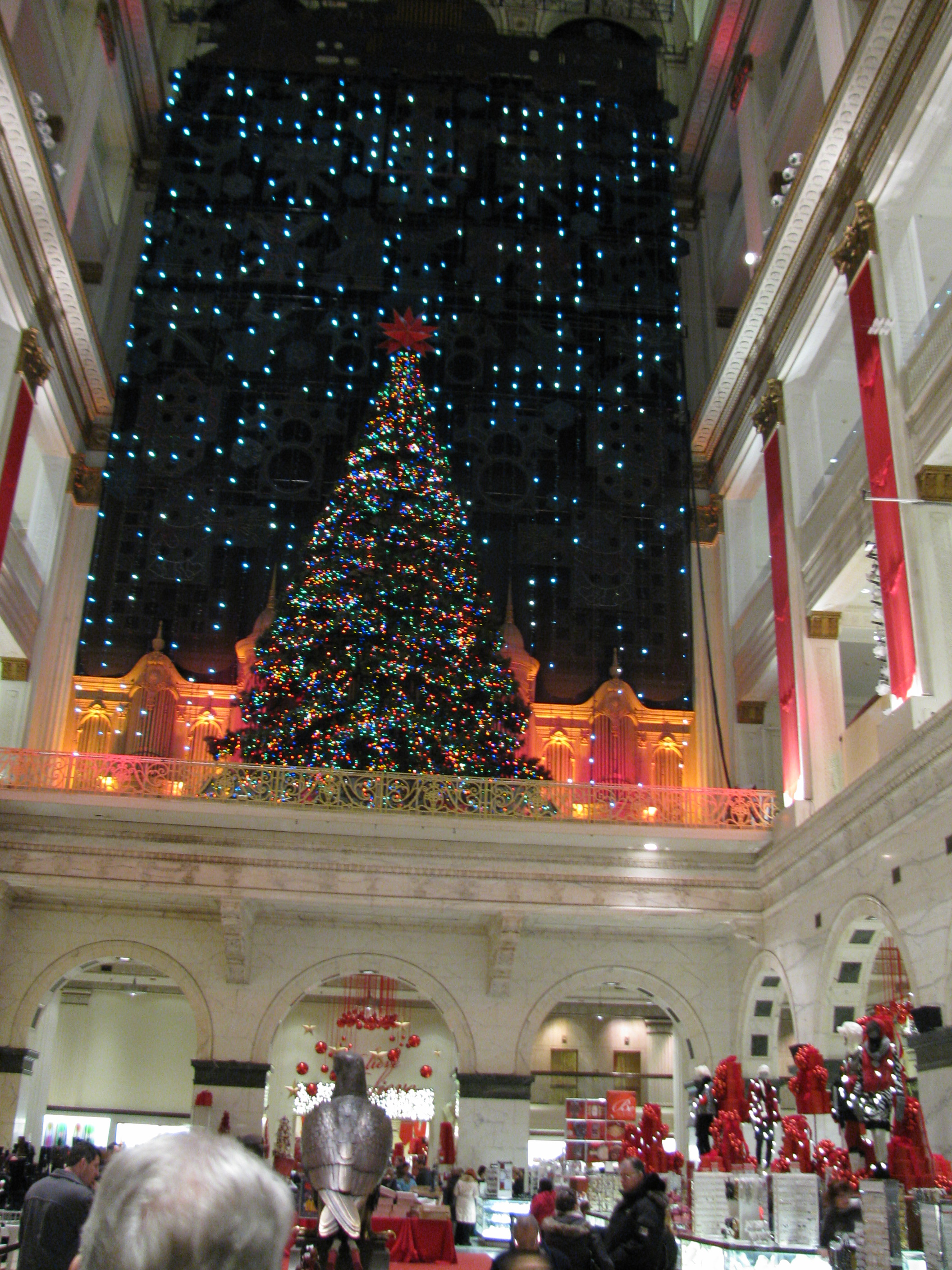 Subdued Christmas in Center City | Hidden City Philadelphia