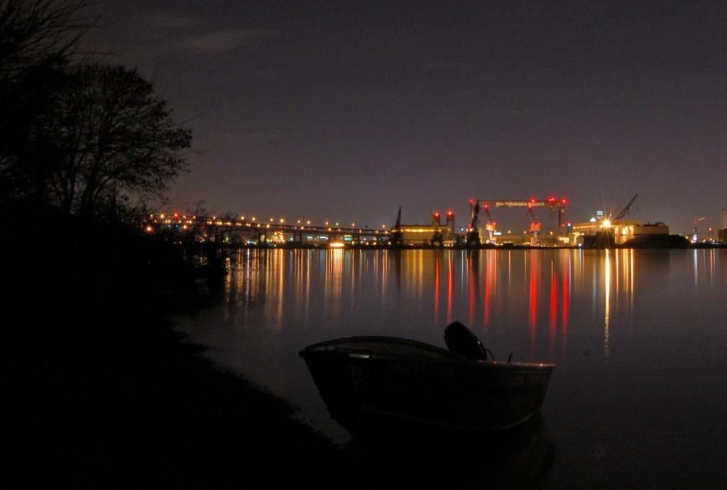 Shipyard seen from island | Photo: Mike Szilagyi