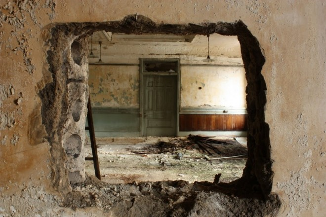 A March, 2012 interior shot of Willis G. Hale's decaying 1887 eponynous building at Juniper & Chestnut Streets | Photo: Michael Burlando