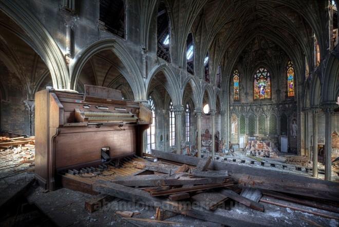 Church of the Assumption interior | Photo: Matthew Christopher