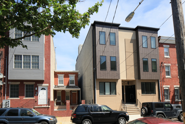Field guide to new row house construction part one for Modern homes philadelphia
