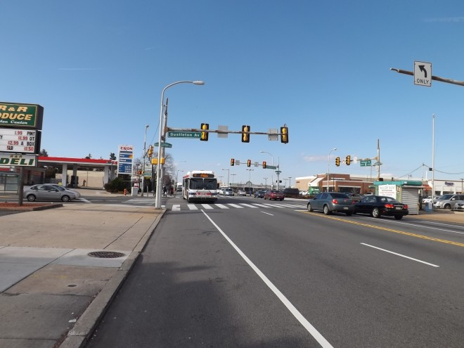 ...got trashed as development spread eastward down Cottman towards Roosevelt Boulevard. Today, the intersection of Cottman and Bustleton looks more intimidating than it is for walkers thanks to how the buildings surrounding it are sited.