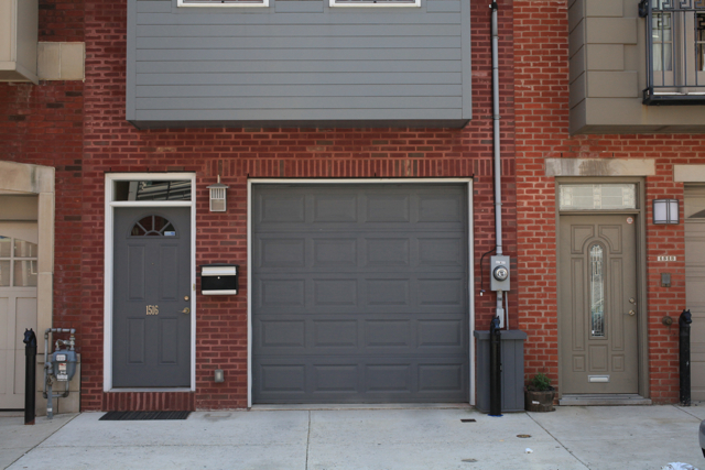 Garage Door Color Ideas For Red Brick House Body Count