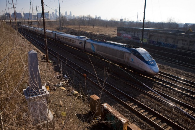 Look quick, this train's high speed: Acela passes the Newkirk Viaduct Monument | Photo: Bradley Maule