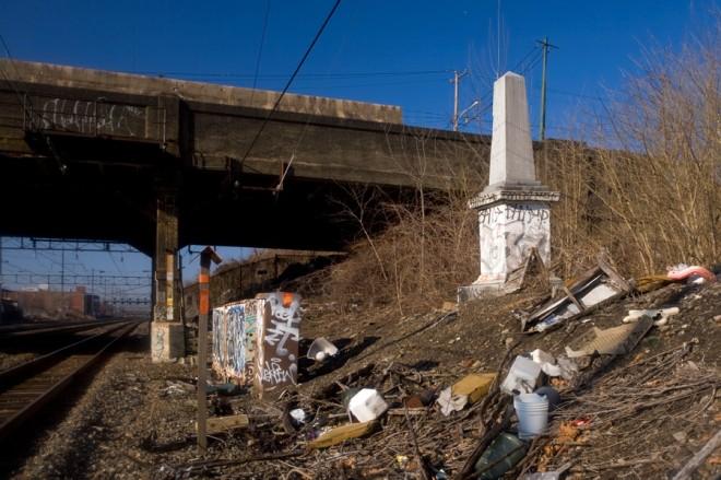 Rescue me: Thomas Ustick Walter's Newkirk Viaduct Monument | Photo: Bradley Maule
