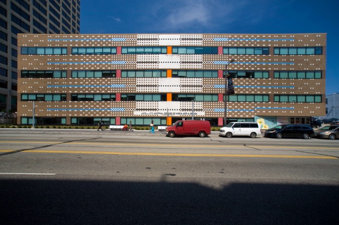 Pretty punchcard: the famous façade of Venturi Scott Brown's ISI building, now Drexel's URBN Center | Photo: Bradley Maule