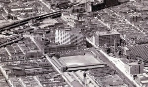 Go Phils! The Ford Motor Company's triangular assembly plant looms over the Phillies' Baker Bowl, 1931 | Image: Dallin Aerial Survey Company, Hagley Digital Archives