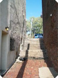 Wood Street Steps   Photo: Harry Kyriakodis