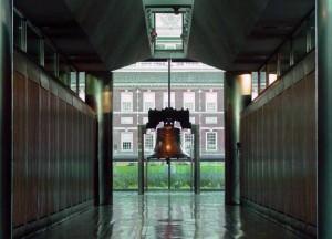 Mitchell/Giurgola's Liberty Bell Pavilion, 2001 | Photo: Bradley Maule