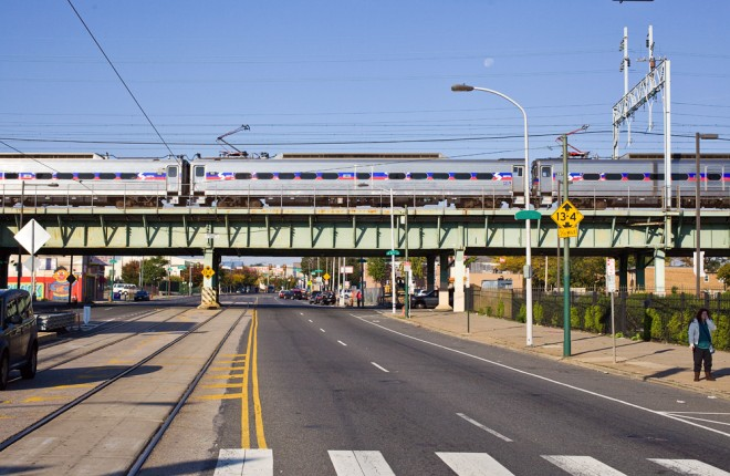 Regional rail line crossing Girard Ave. at 9th St. | Photo: Peter Woodall