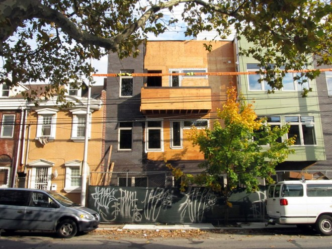 1513 N. 2nd St., November 2013—the ghost is gone | Photo: Molly Lester
