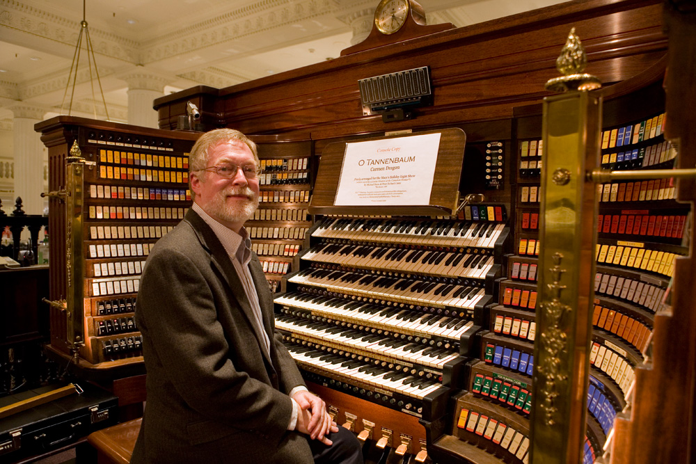 In The Grand Tradition: The Wanamaker Organ At Christmas
