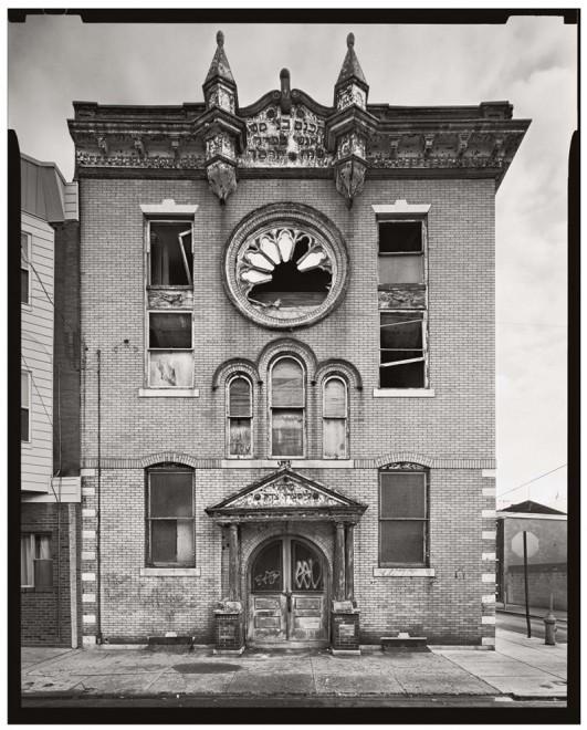 B'nai Moshe Anshe Sfard Synagogue, 1711 South 5th Street. Demolished 2004 | Photo: Vincent Feldman