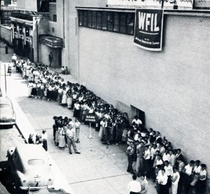 Teens line up at WFIL studios at 46th and Market, waiting to get in to American Bandstand