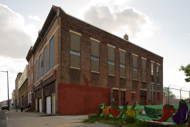 Pretty good light for the north side of the building, especially now that it faces a community garden | Photo: Bradley Maule