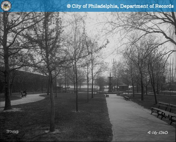Penn Treaty Park, 1910, showing young sycamores that would be removed in new plan | Photo via PhillyHistory.org