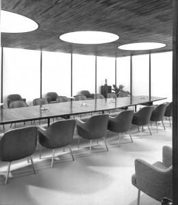 Rohm and Haas boardroom, 1964 | Photo by Ezra Stoller, courtesy of Anthony Belluschi