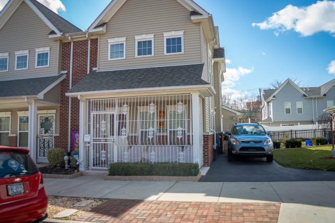 These new quasi-suburban houses accommodate cobertizos | Photo: Theresa Stigale